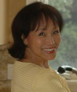 Miyoko looking over shoulder - cropped