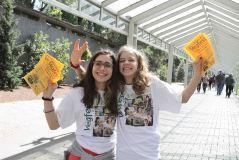 Volunteers - outdoor advertisers
